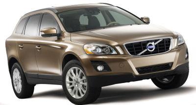 Après la présentation du concept-car en décembre 2006, Volvo dévoile en 2008 son modèle de SUV crossover XC60, qui complète par le bas la gamme SUV de Volvo après le XC90.